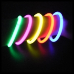 bracelet-lumineux fluo
